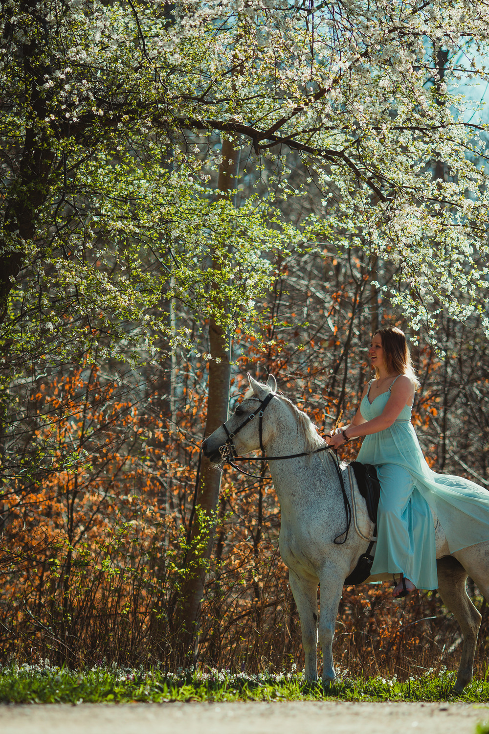white-horse-photography-pretty-dress-sara-kroell-andersen07