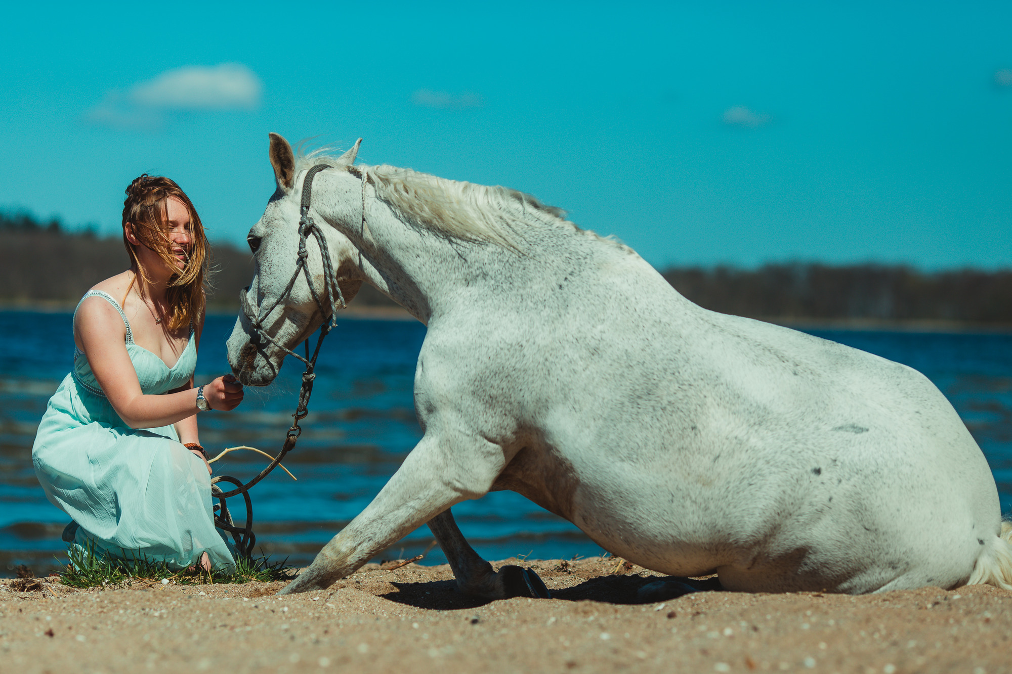 white-horse-photography-pretty-dress-sara-kroell-andersen13