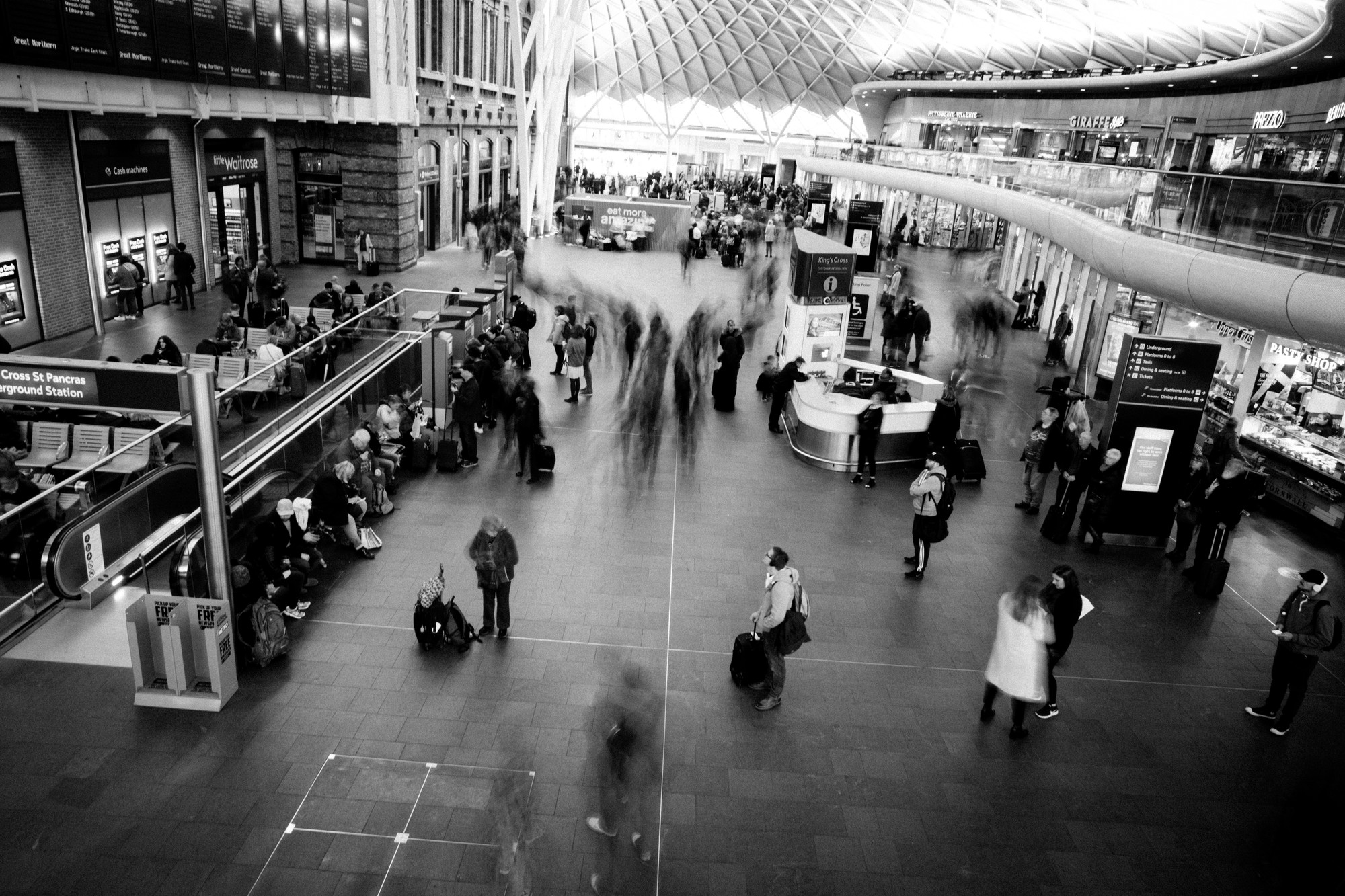 kings-cross-long-exposure