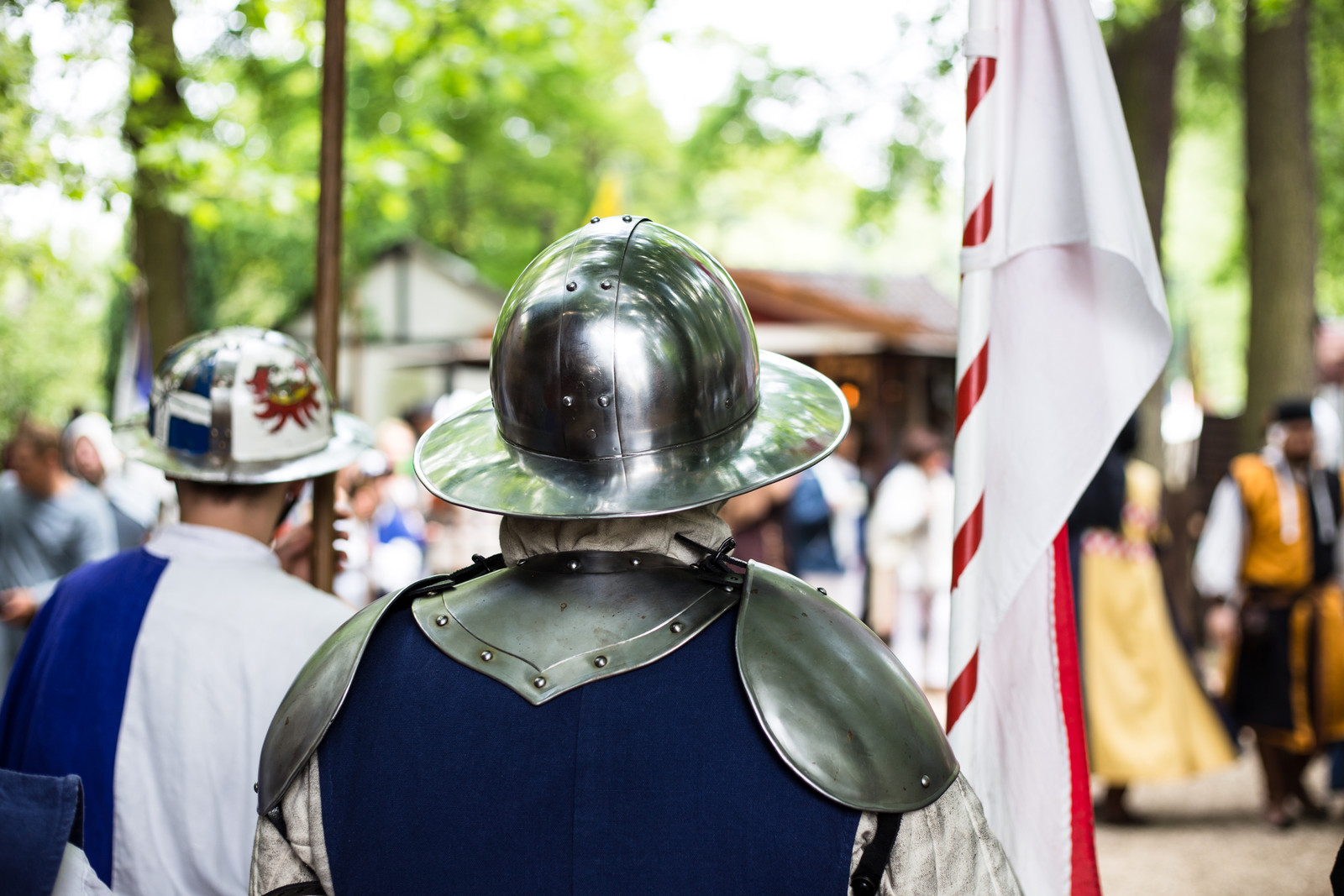 medieval-knight-gathering