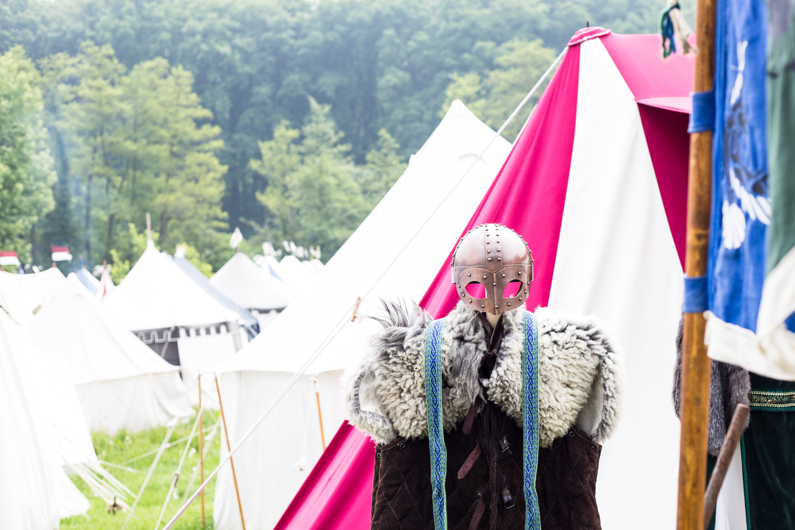 viking-armor-tents