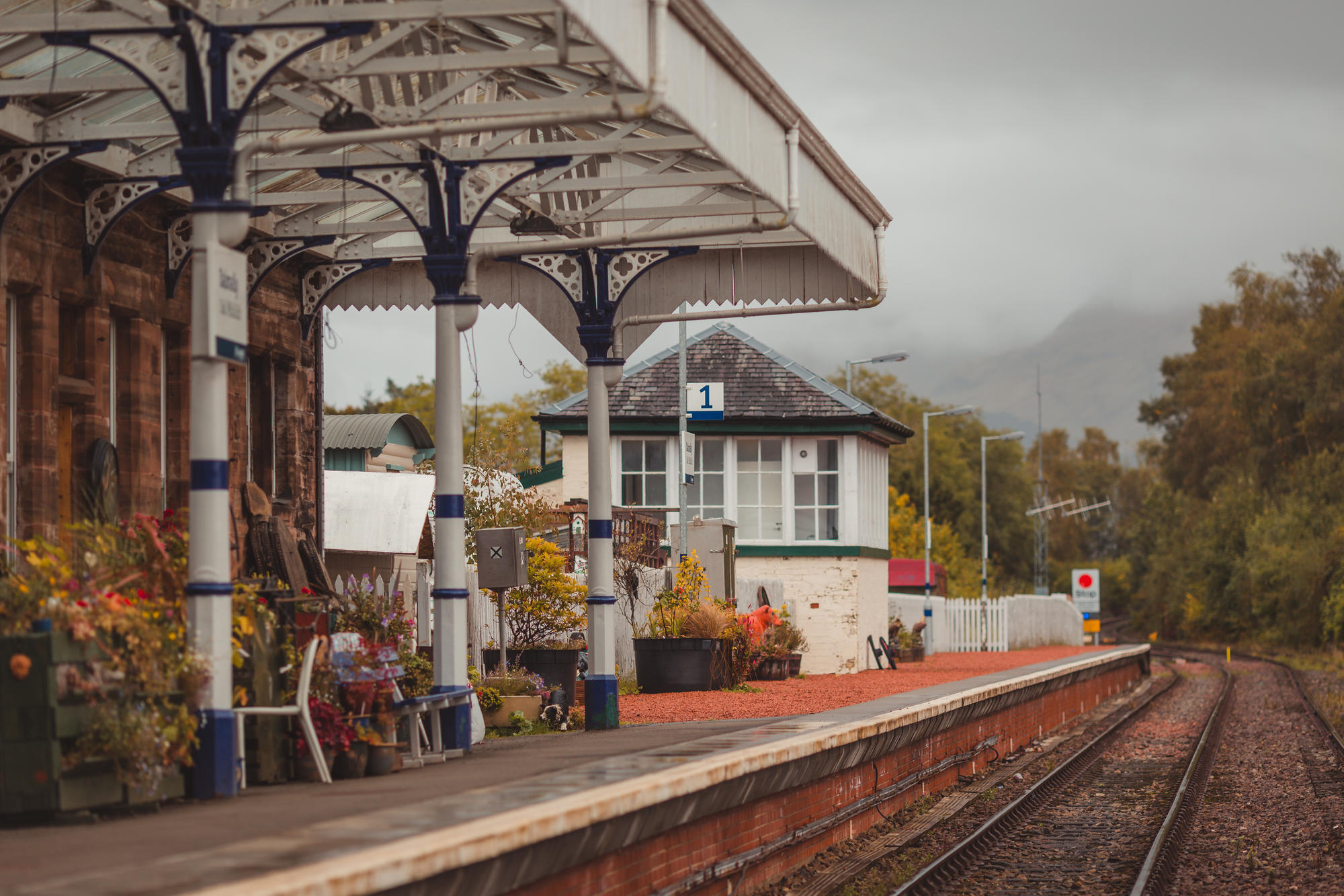 scotland-airbnb-dalmally-railway-station-02